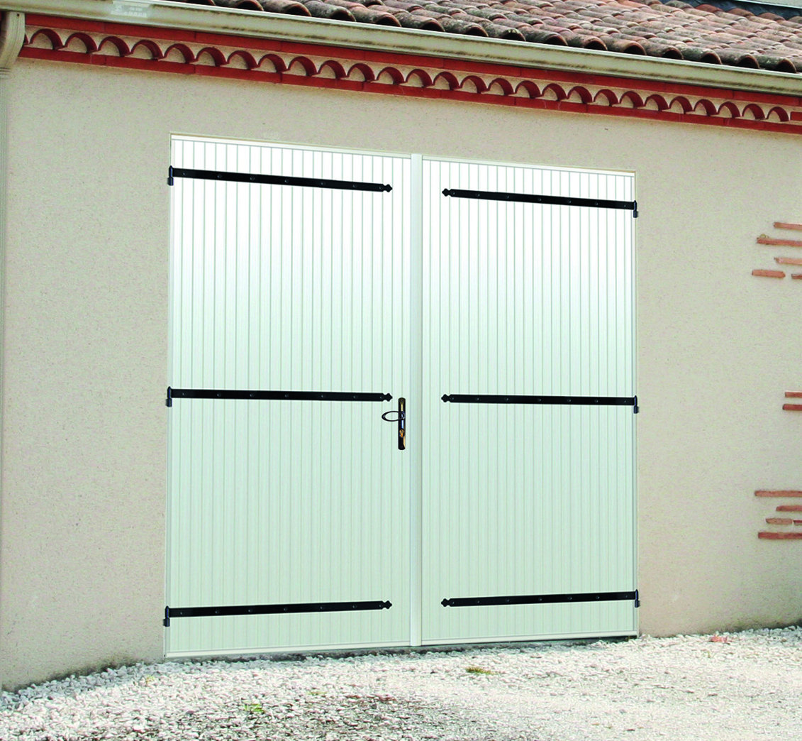 Magasin 2frenovation poitiers portes de garages - Porte de garage deux battants ...